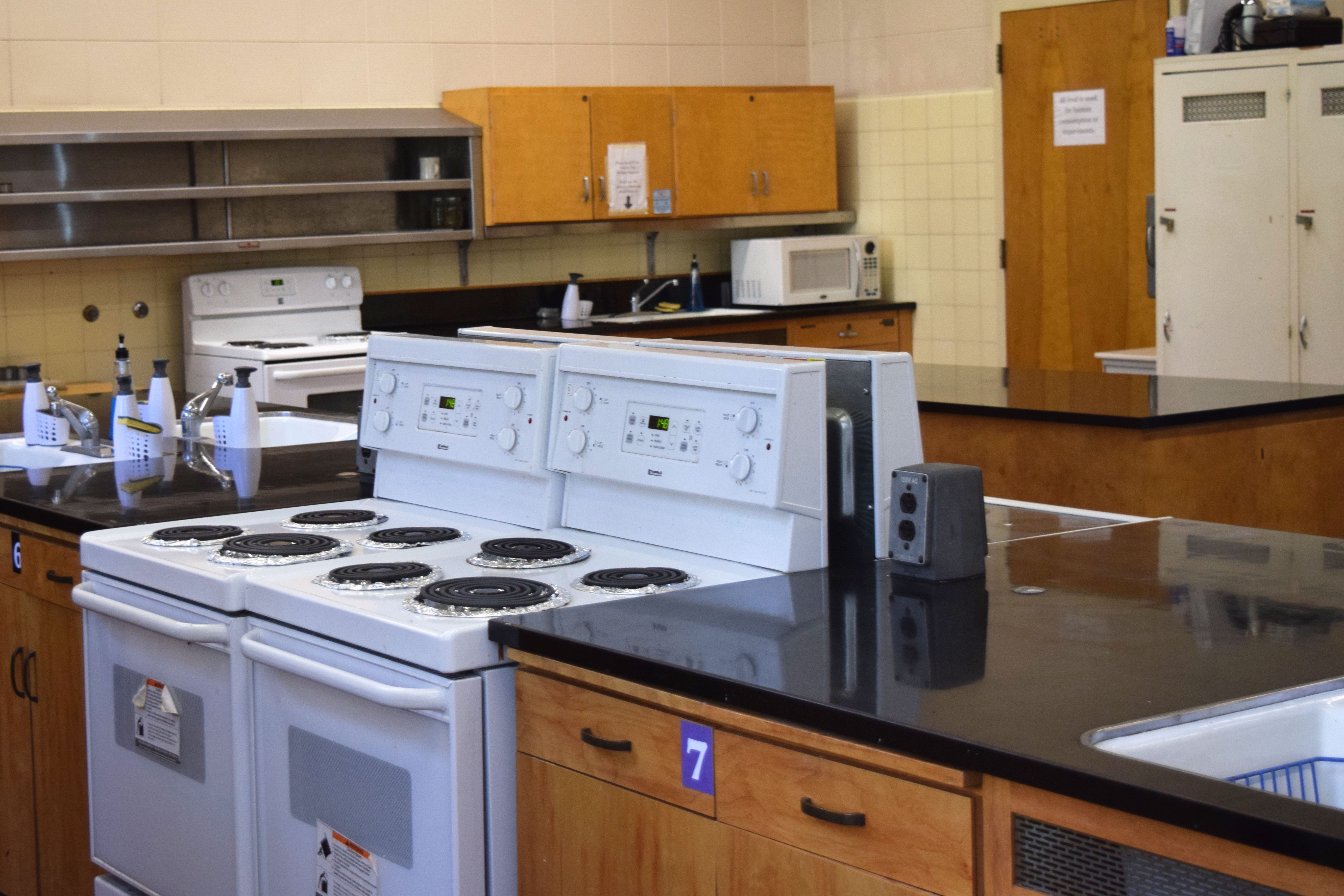 Image of the Cal Teaching Kitchen